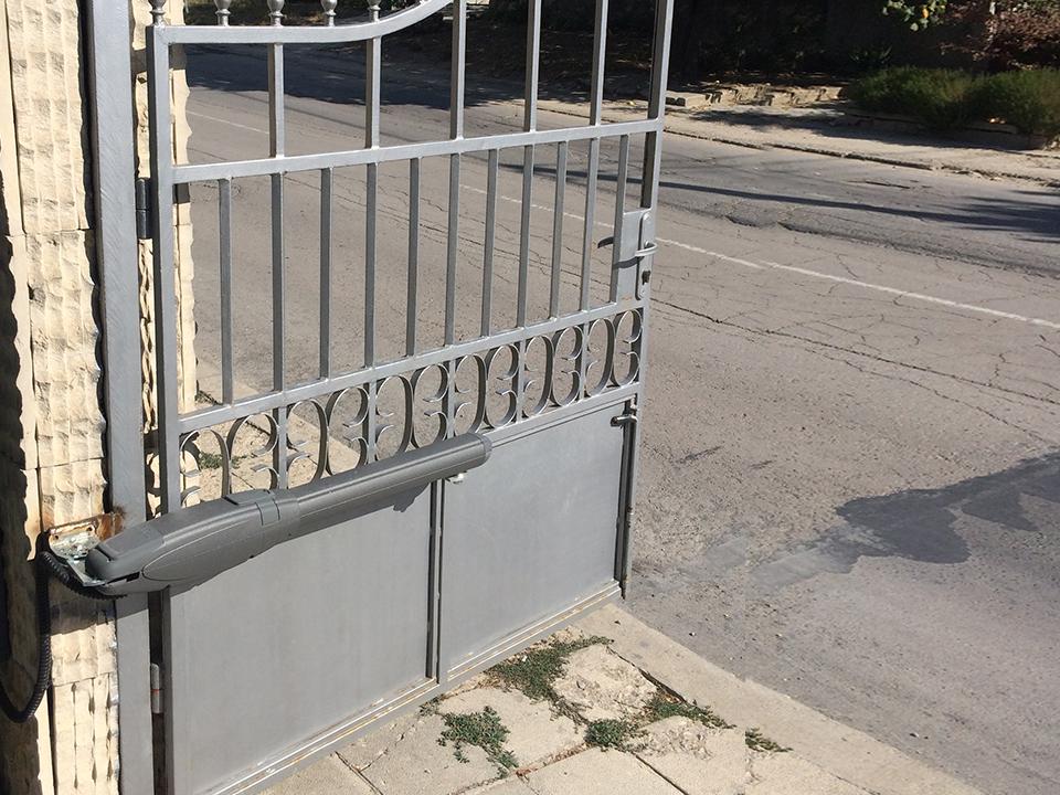 Автоматика за еднокрила врата Варна.