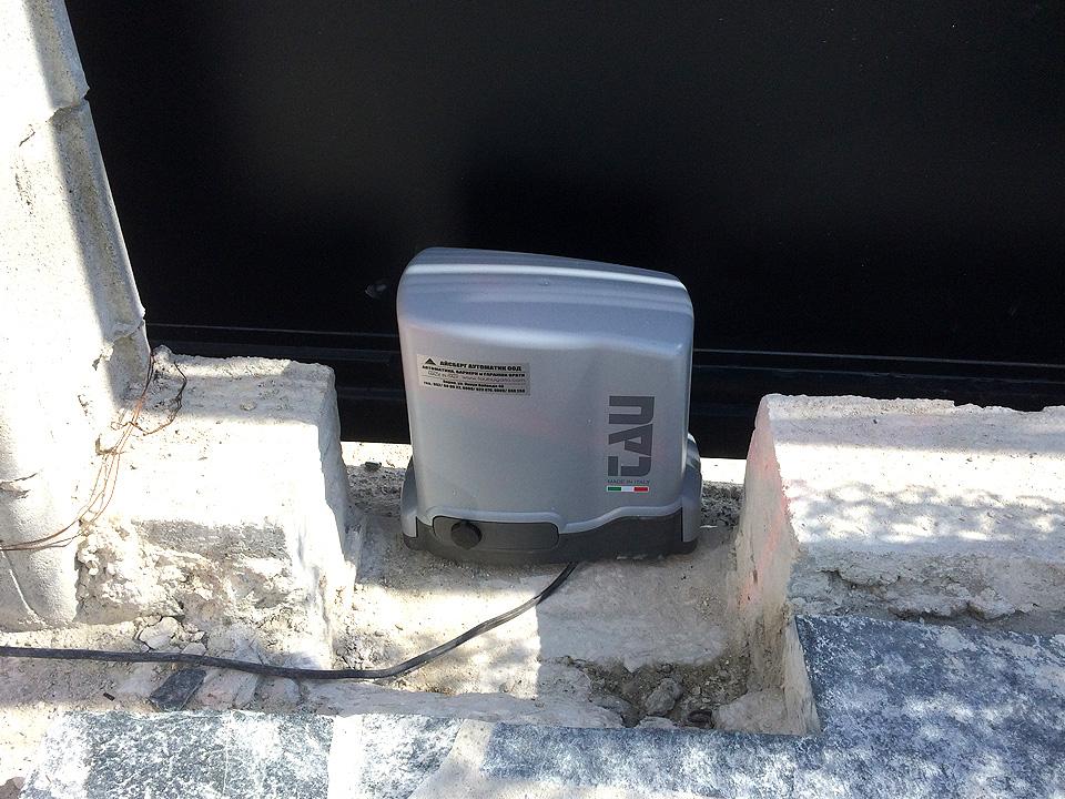 Електромотор за автоматика на врати